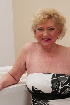 This chubby mature lady needs a hard younger cock