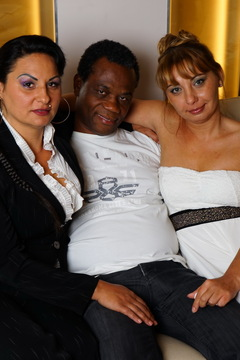 Naughty interracial mature threesome gets wild